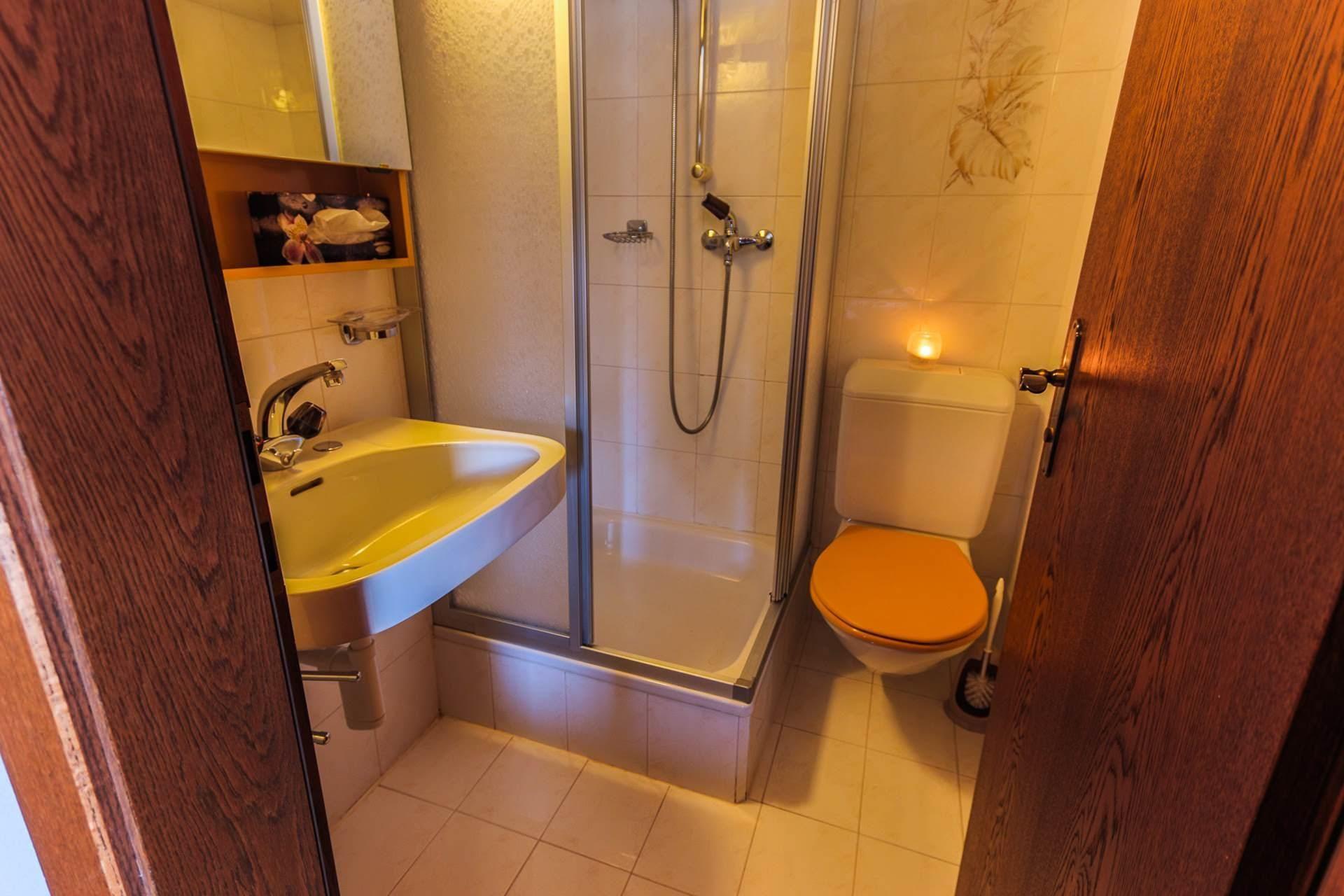 WC - Dom - Monte Rosa 1