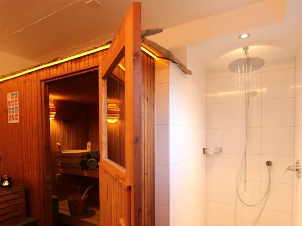 Sauna im Haus Azur