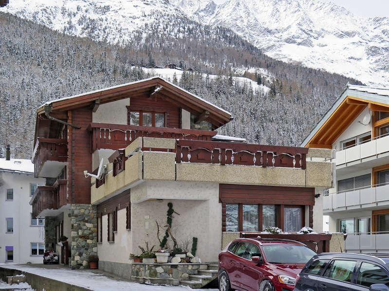 Haus-Quelle-Saas-Grund-Winter