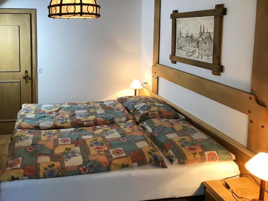 Haus Quelle Saas Grund 3 1/2 Zi-wohnung Schlafen