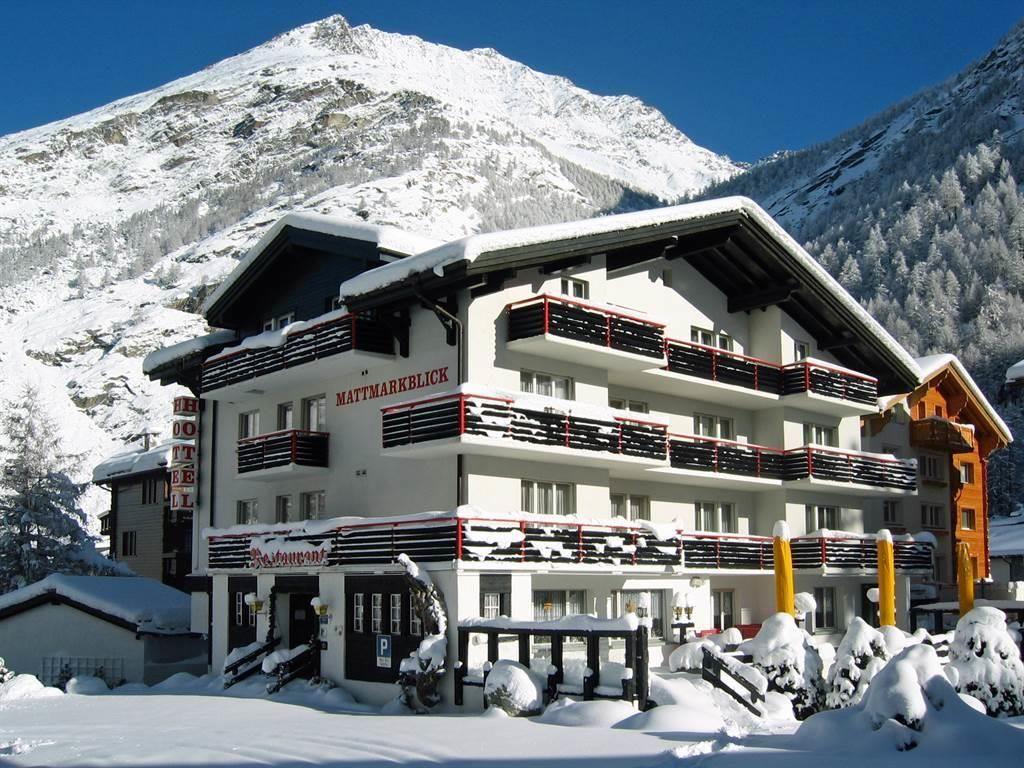 Winteransicht Hotel Mattmarkblick