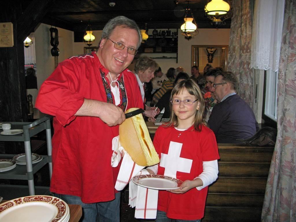 Raclette im Hotel Mattmarkblick