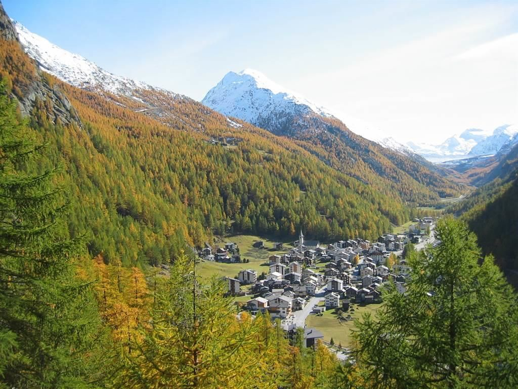 Saas-Almagell im Herbst, Mattmarkblick
