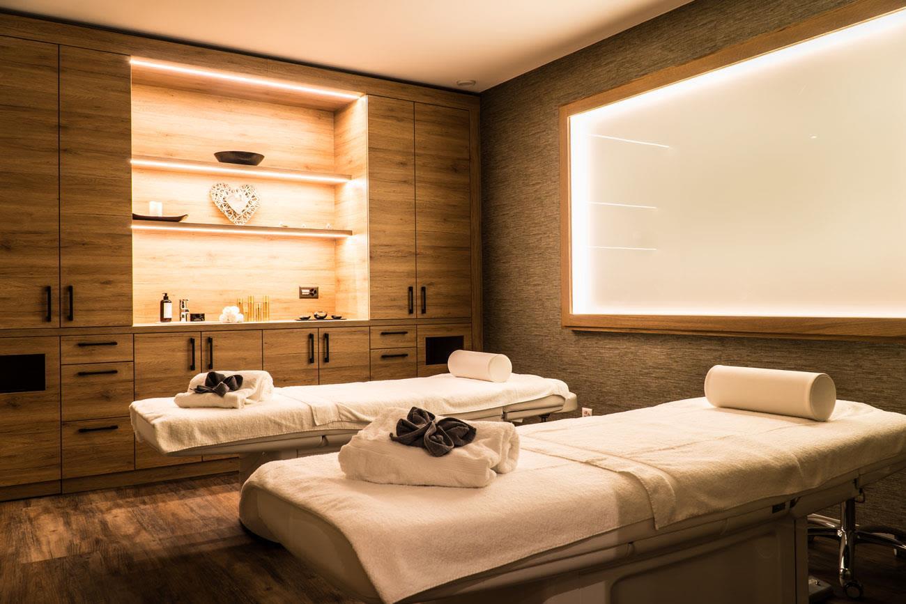 Peak Health Spa - Massage