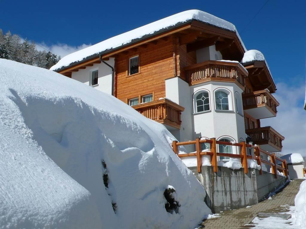 Haus Piccolo - Schnee und Sonne