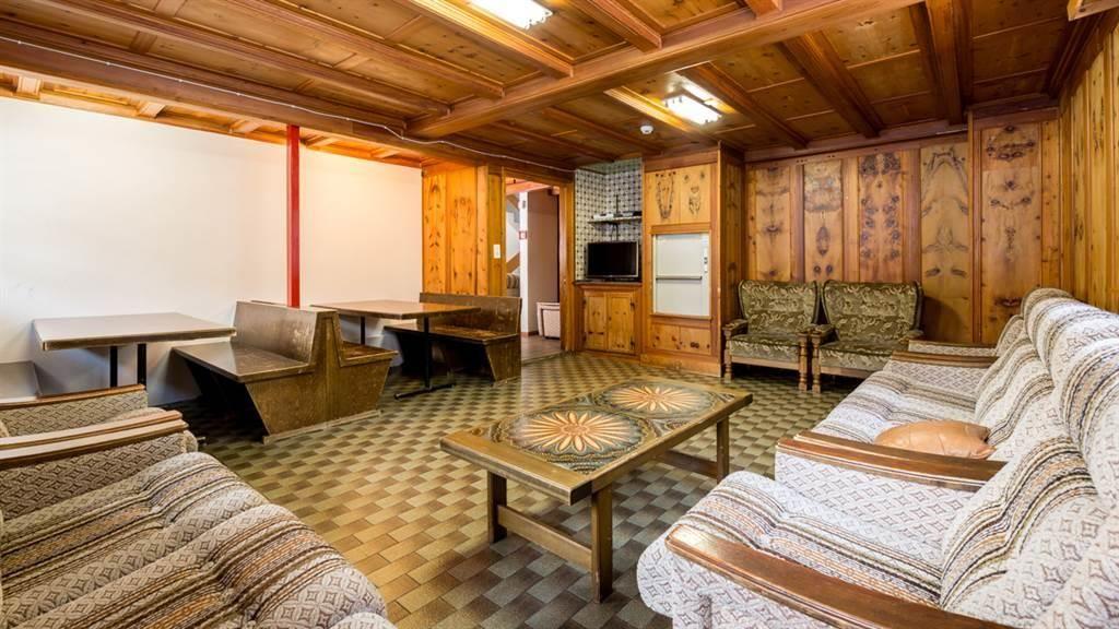 Wohnbereich mit TV Obergeschoss