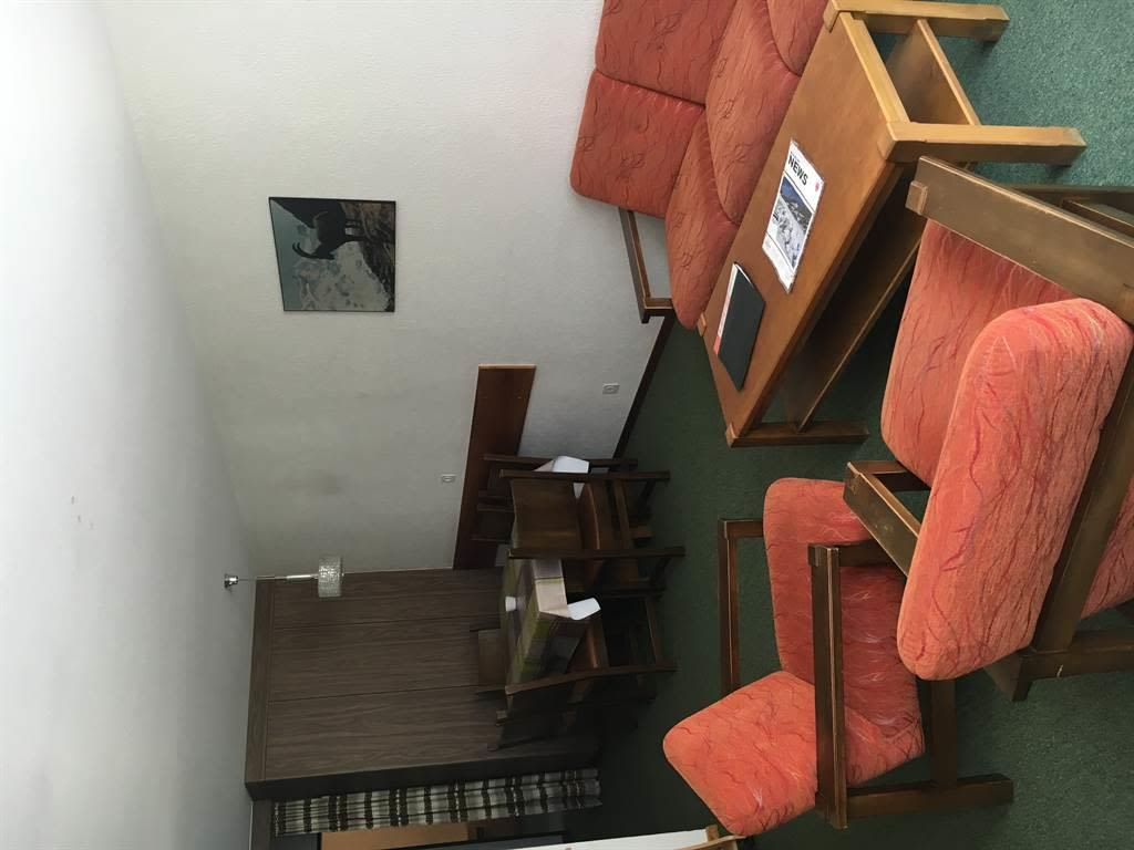 Wohnzimmer 3.5-ZW 1. & 2. OG
