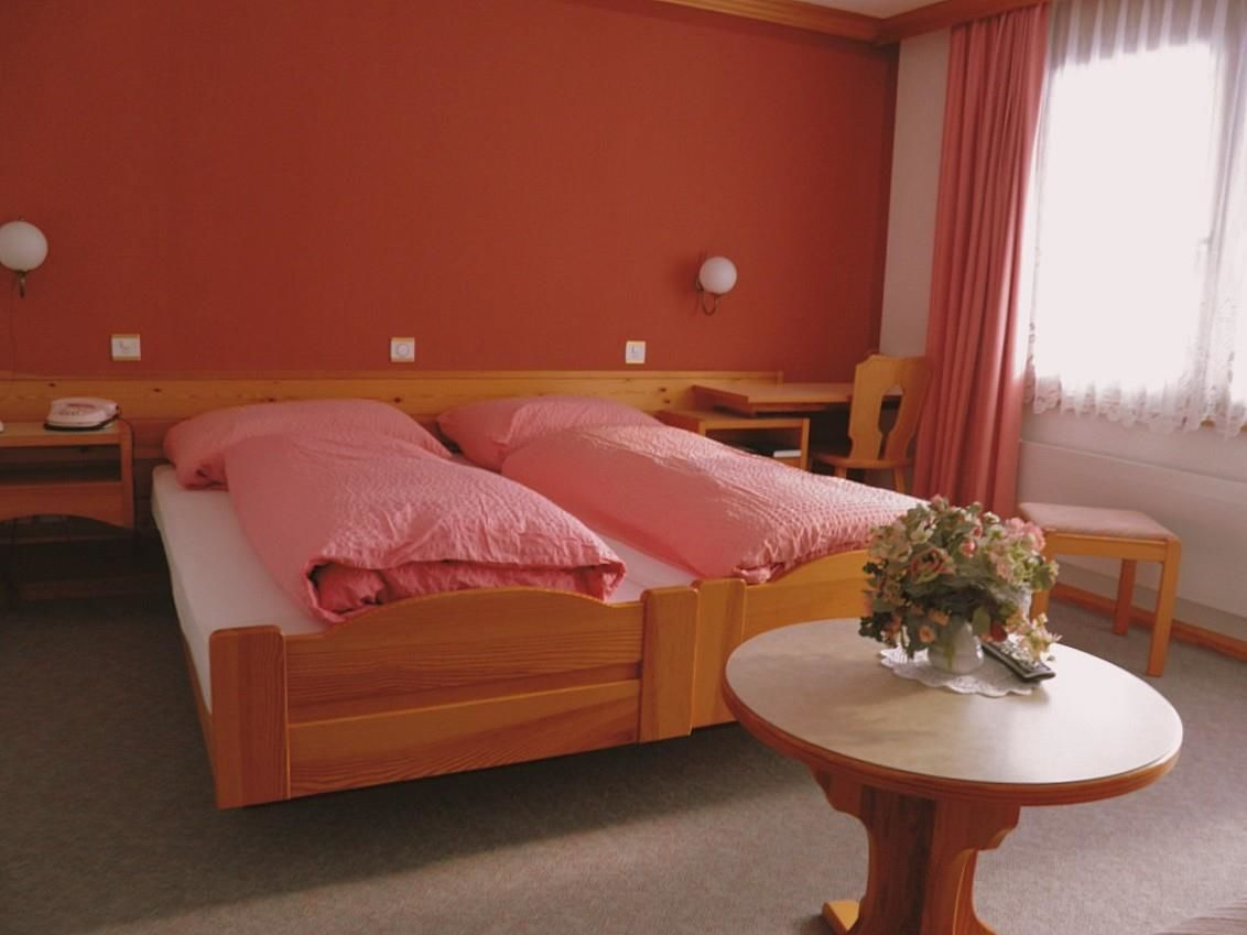 Hotel Sport Zimmer rosa