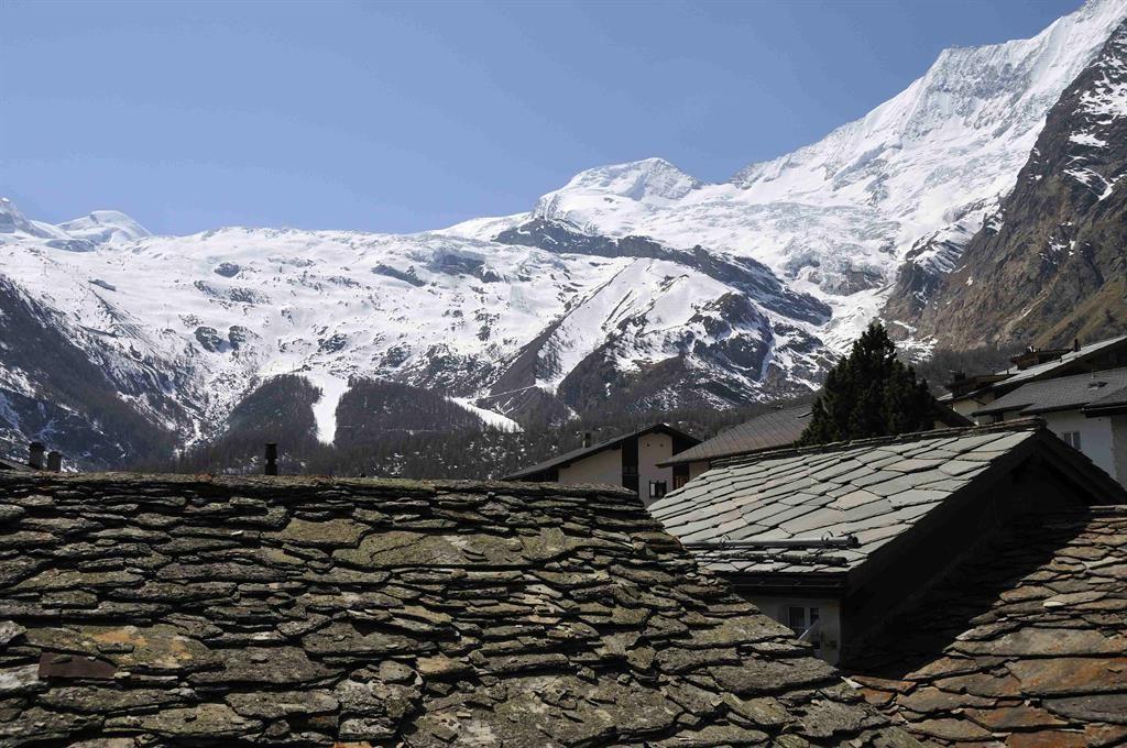 Glacier & rooftops