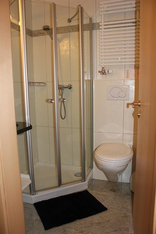 Dusche/WC ohne Fenster
