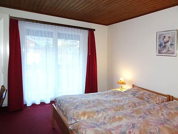 Doppelzimmer mit Südbalkon / WC / DU