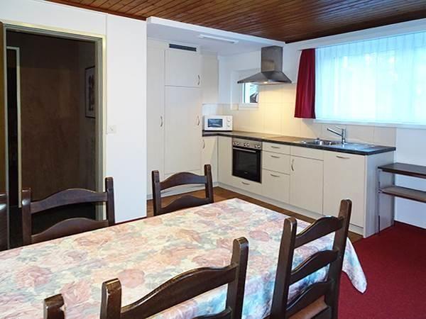 2. Stock / Küche mit Südostbalkon