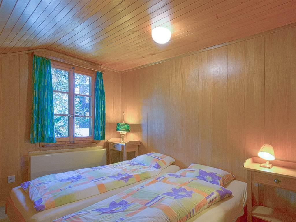8.2 2 Bett Schlafzimmer S