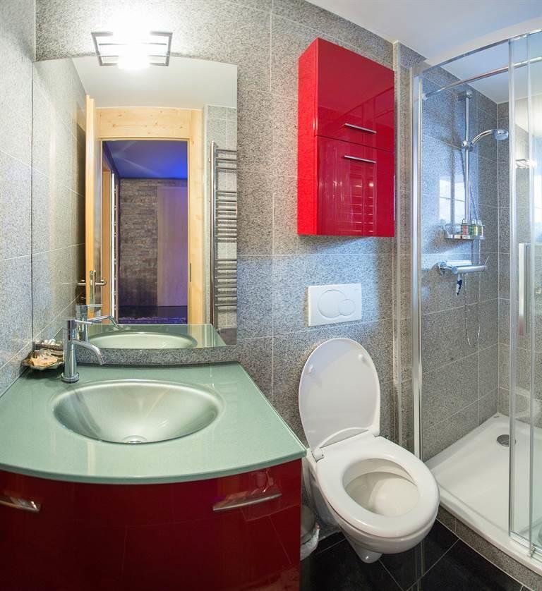toilets14_01