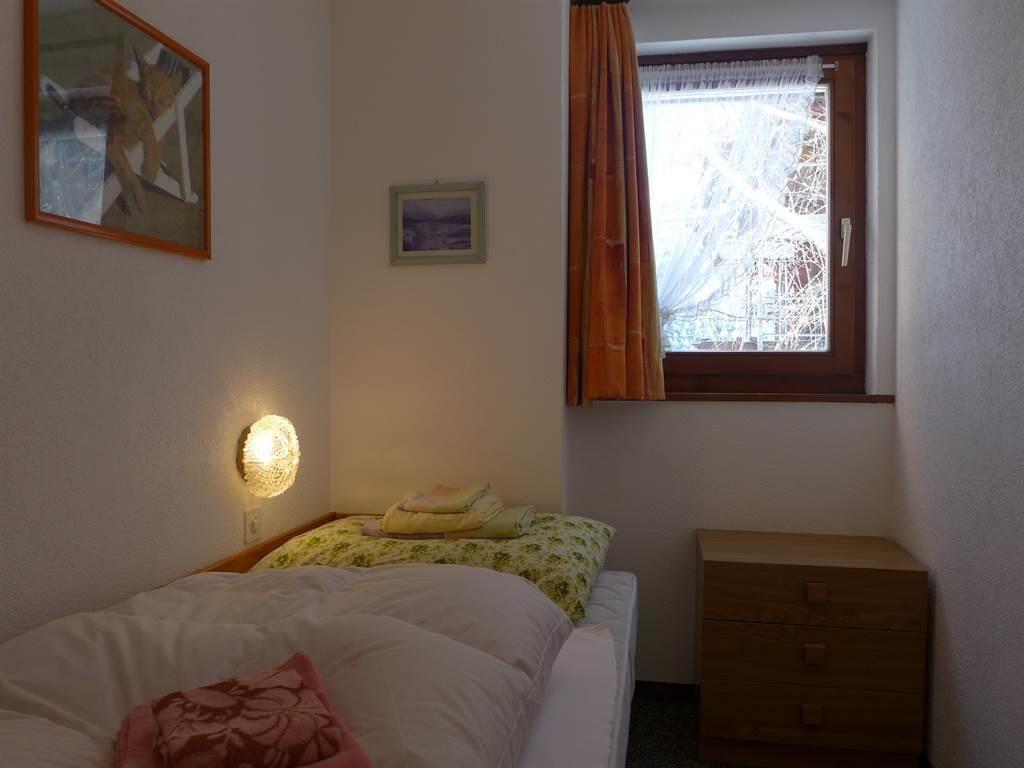 1 Bett Zimmer