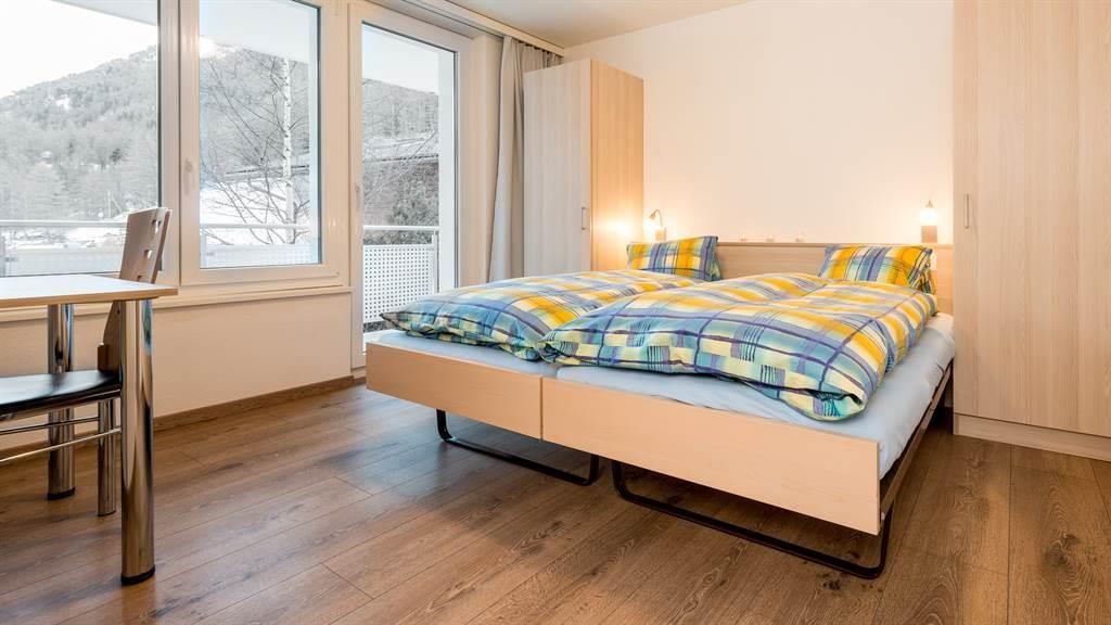 Schlafzimmer mit Balkon - Richtung Süden