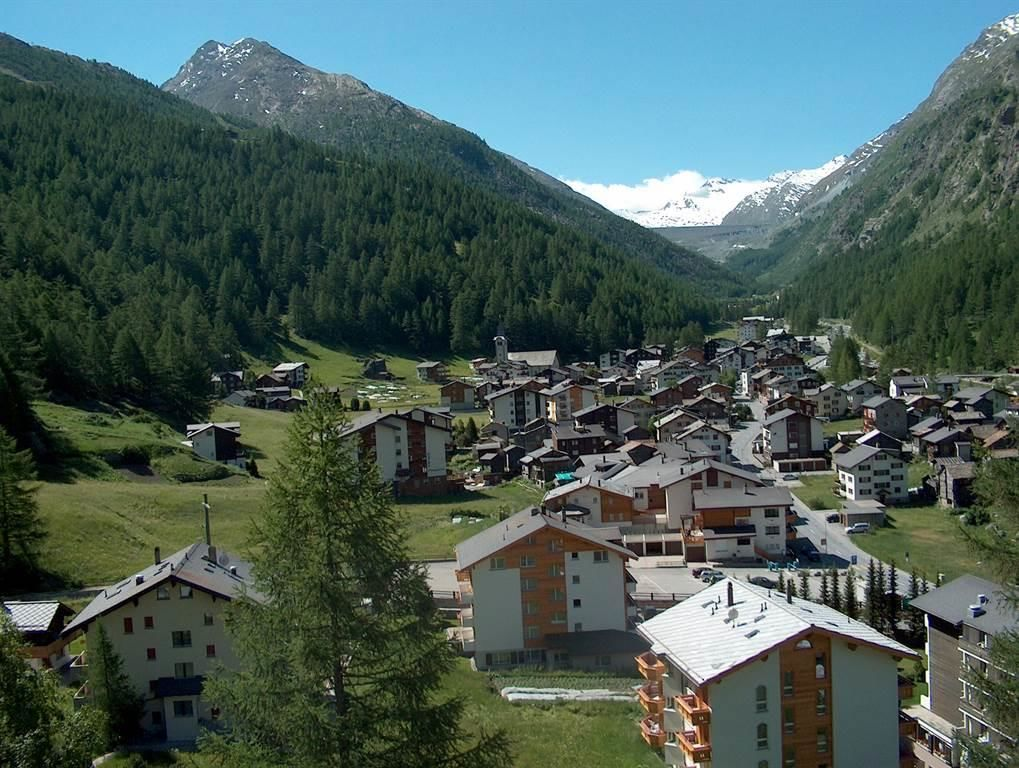 Dorfblick Saas-Almagell im Sommer