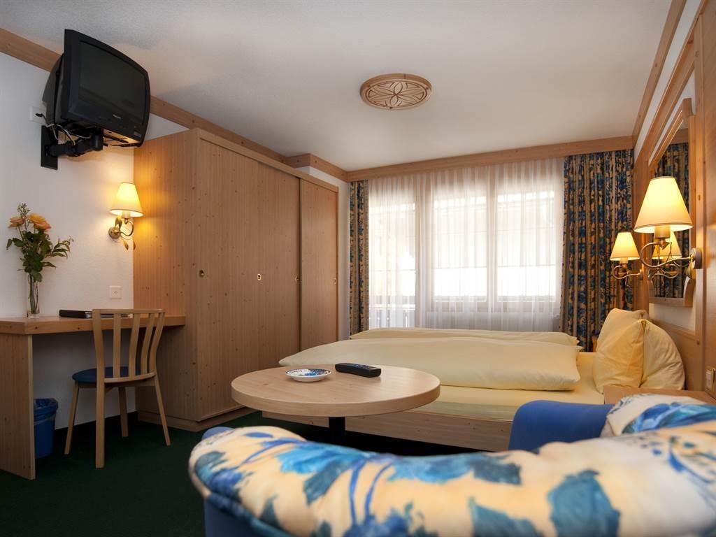 3 Bett Familienzimmer5