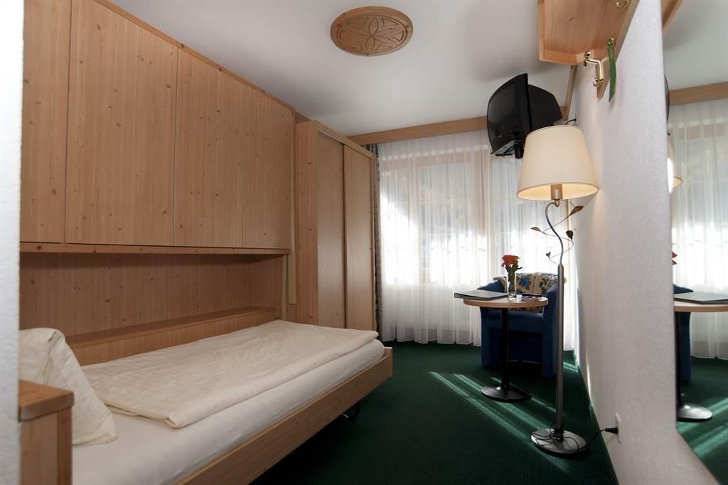 Doppelzimmer5-25-26_6