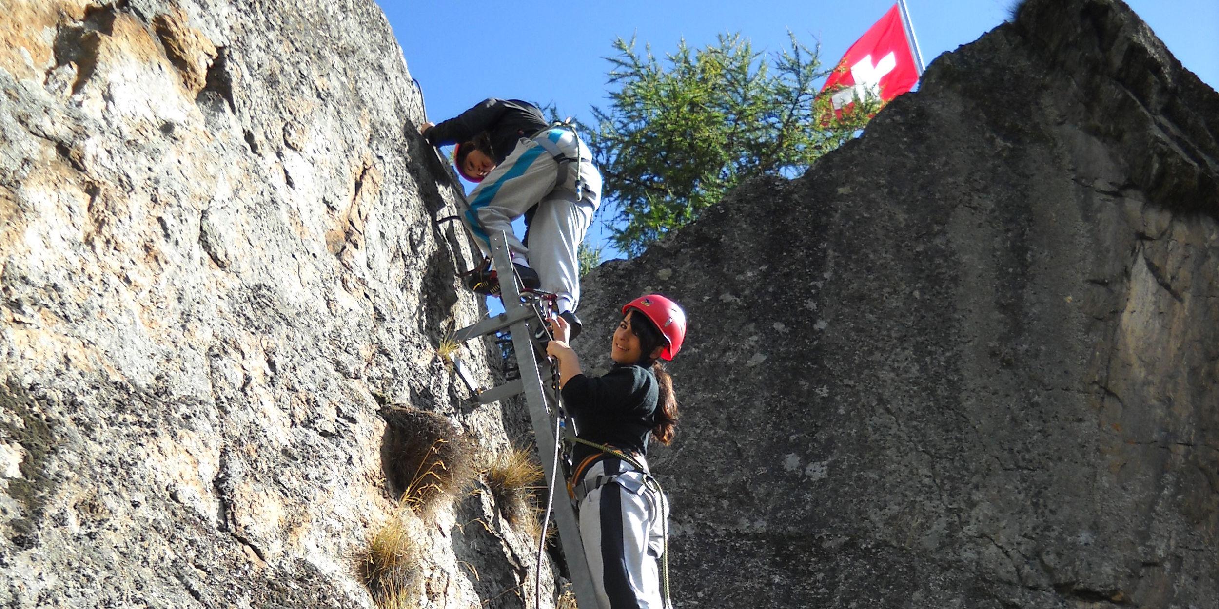 Klettern für Kinder in der Freien Ferienrepublik Saas-Fee