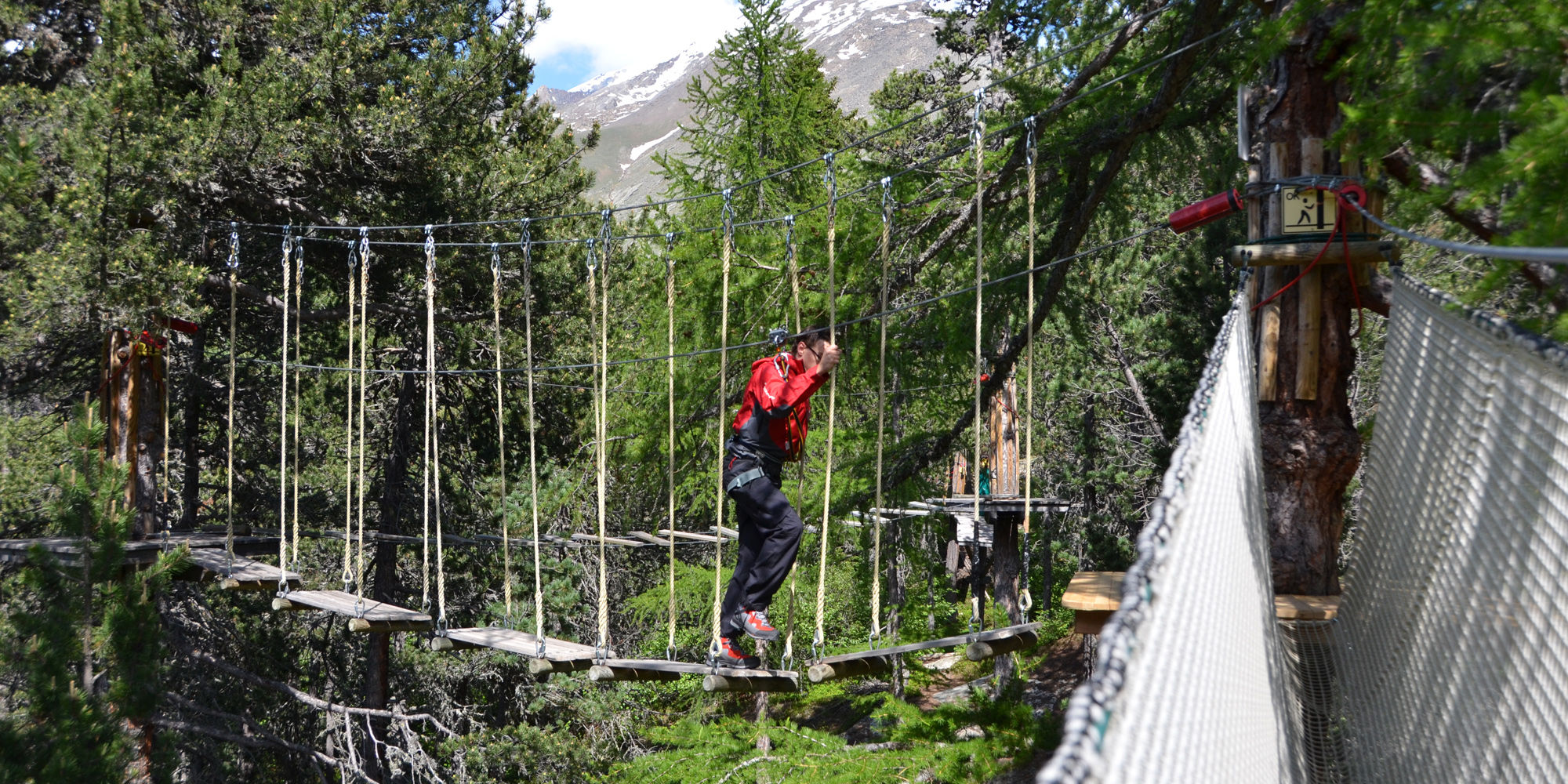 Rope park in the Free Republic of Holidays Saas-Fee