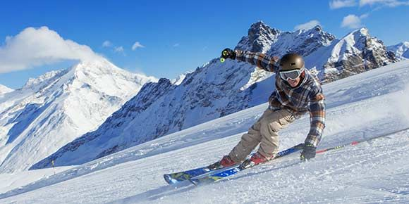 Skiing in Saas-Fee