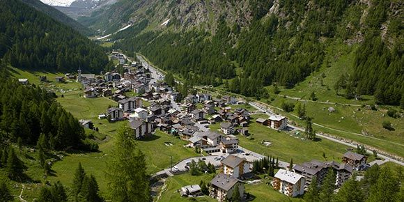 Car parks in the Saas Valley