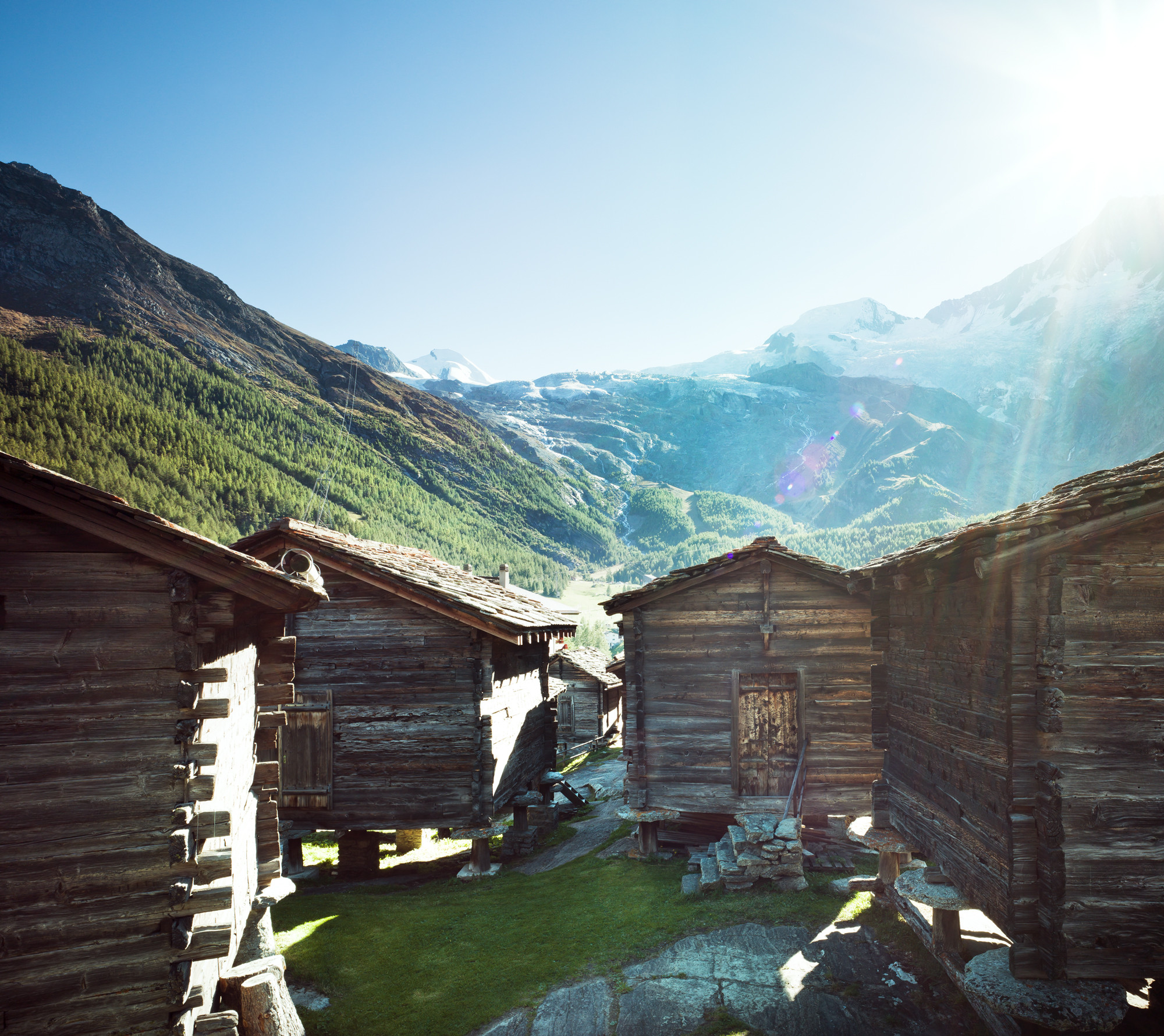 100seconds - Free Republic of Holidays Saas-Fee