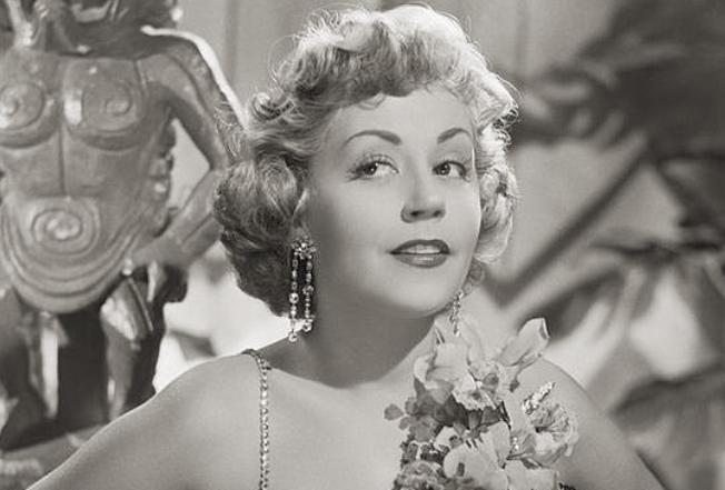 Актриса и певица Сюзи Делер умерла в 102 года