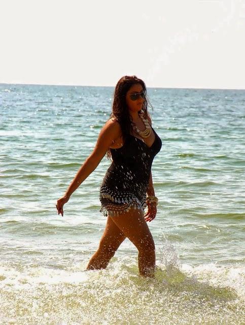 Tamil celebrities hot