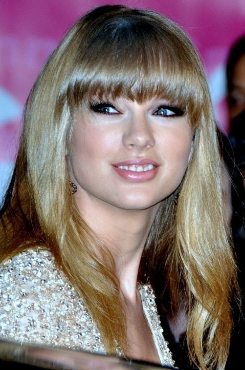 How old is taylor swift 2013