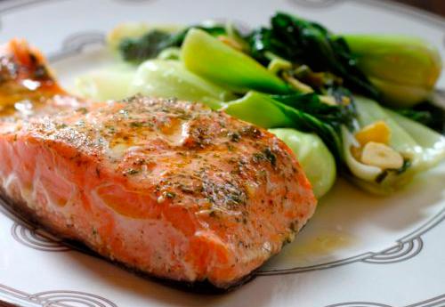 Как запечь в духовке лосось в фольге