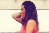 Лиза Шароха в любимом Питере в маленьком розовом платье