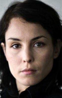 В главной роли Актриса Нуми Рапас, фильмографию смотреть .