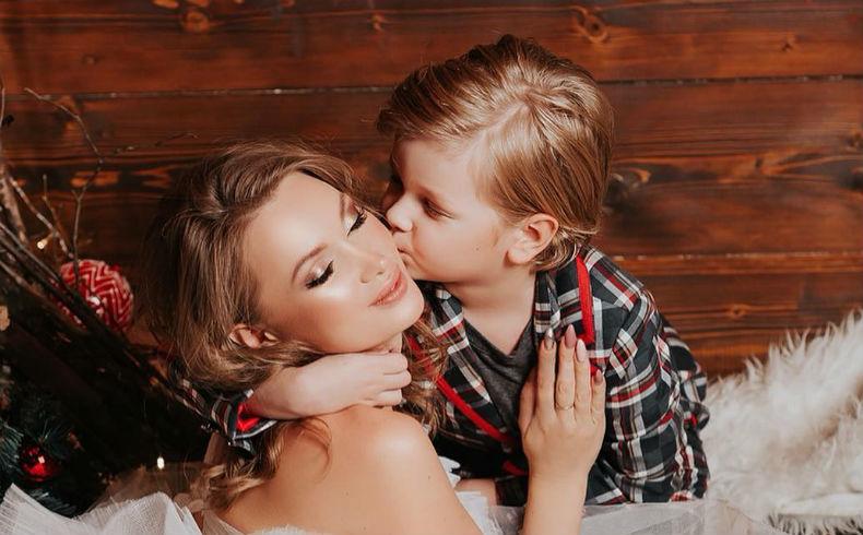 Фото евгении феофилактовой с ребенком