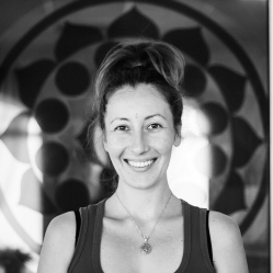 Оформление студии йоги