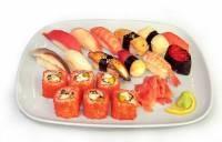 Почему нельзя есть суши беременным