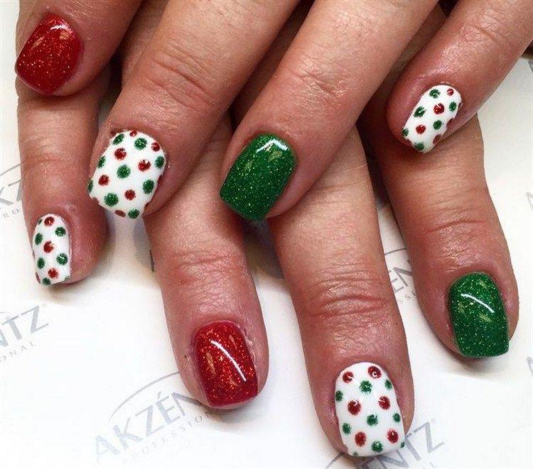 Easy christmas fingernails
