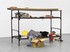 Thomas Rentmeister, Elbisbach double decker cot