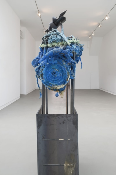 Roger Hiorns, Untitled