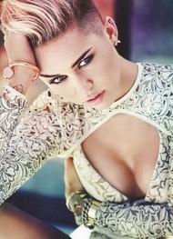 Голая актриса, певица Miley Cyrus фото, эротика, картинки - фотосессия из мужского журнала GQ на Xuk.ru! Фото 21
