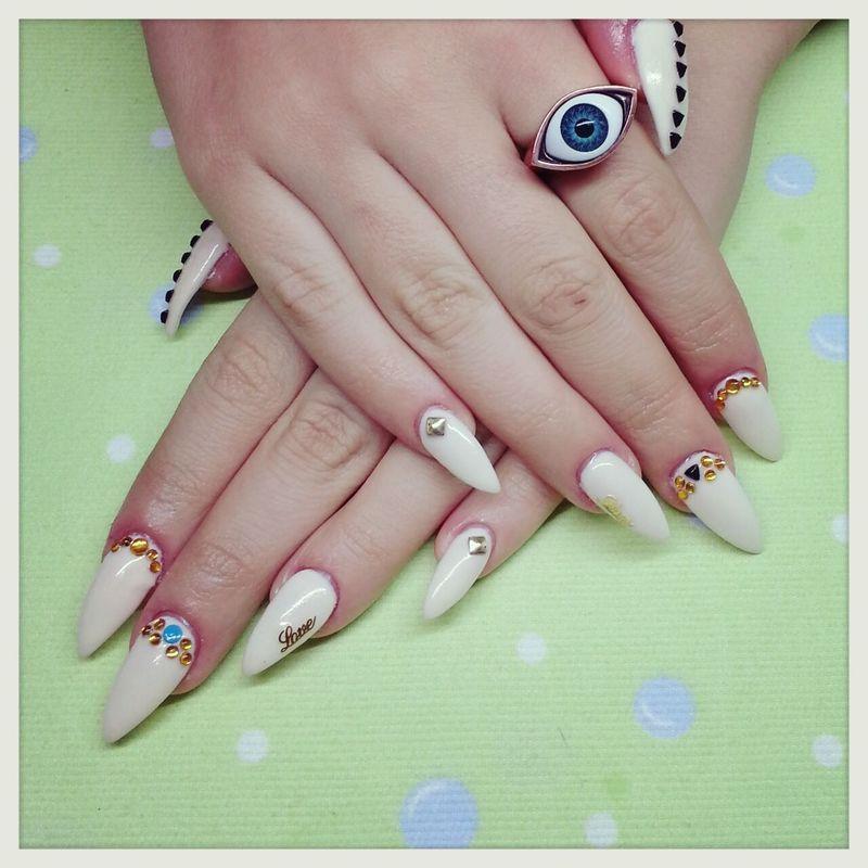 Glam nails diva