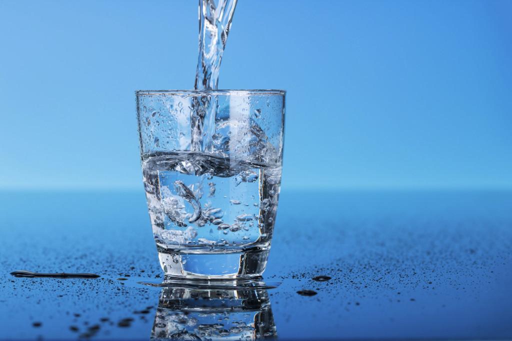 Как пить воду в день