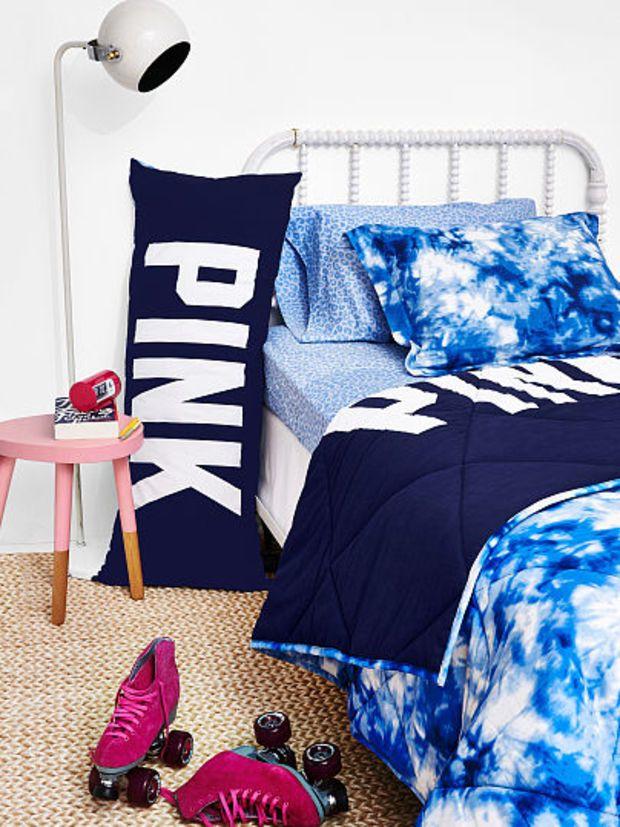 Victoria secret pink comforter
