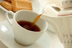 Сколько калорий в чёрном чае с сахаром