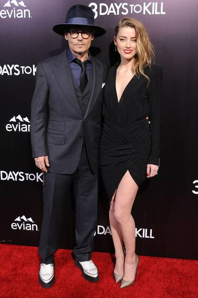 Johnny depp engaged to amber heard