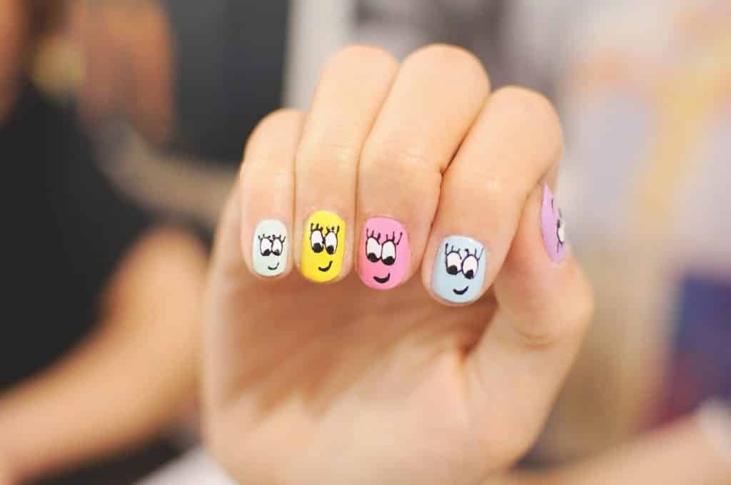 Pictures of gel nails design
