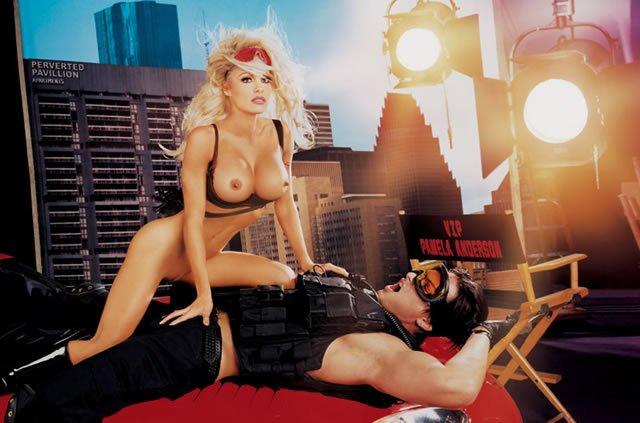 Pamela Anderson Naked 02