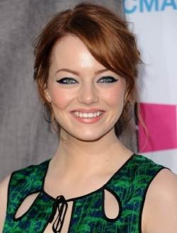 В главной роли Актриса Эмма Стоун, фильмографию смотреть .