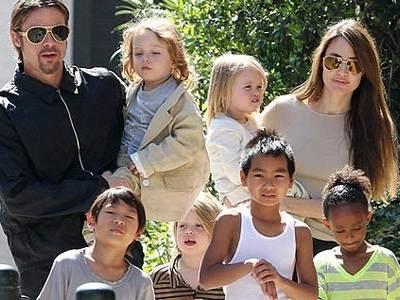 Анджелина джоли фото сейчас с детьми